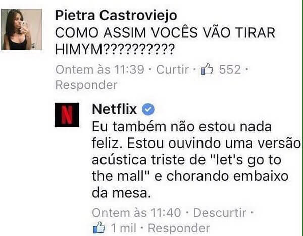 Uma internauta comenta na página da Netflix sobre uma série que foi tirada do catálogo e a Netflix responde com humor.